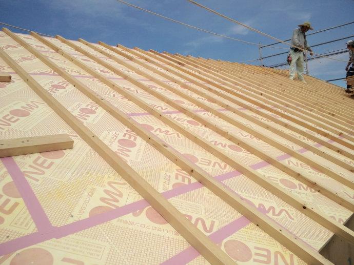 [转载]屋顶保温隔热防水隔潮构造在日本_159*.jpg